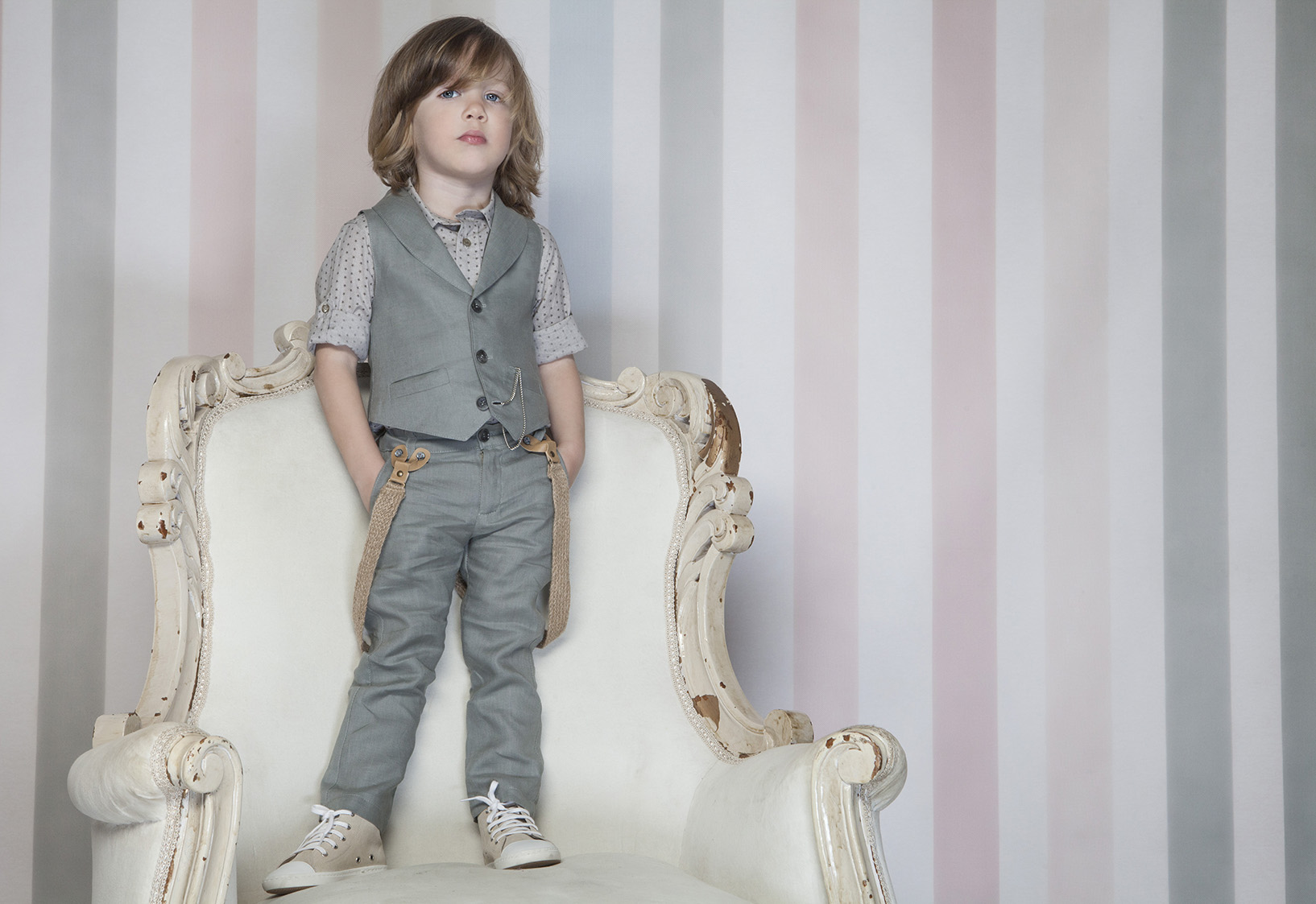 boys-grey-linen-3-piece-set-with-vest